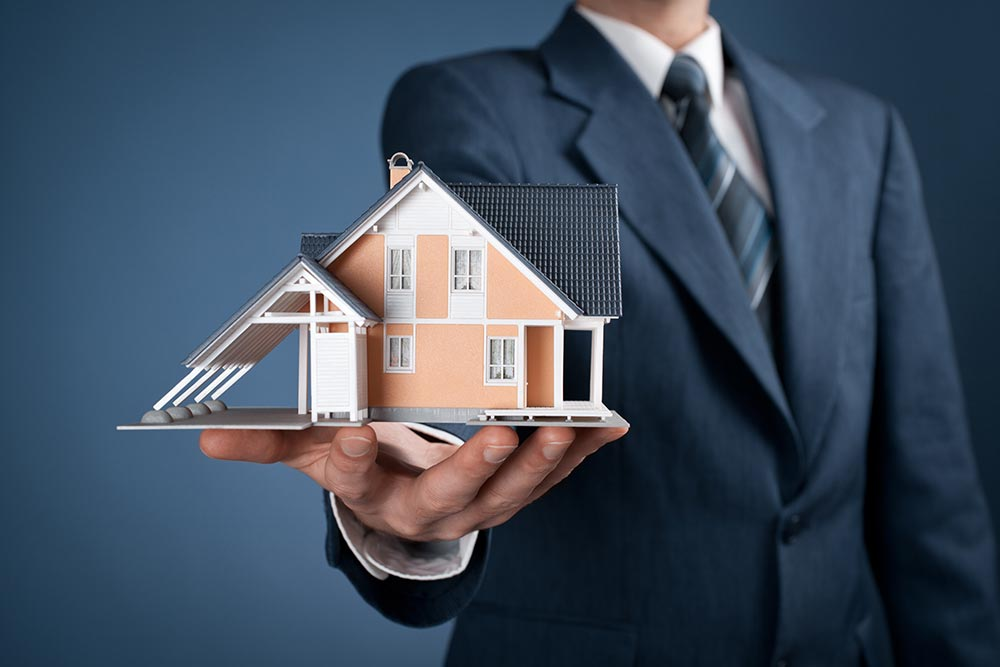 moving-tips-real-estate-agent